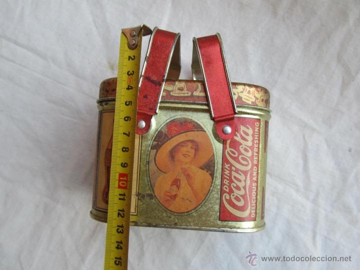Cajas y cajitas metálicas: Caja de lata de Cocacola coca-cola 1984 - Foto 15 - 50311445