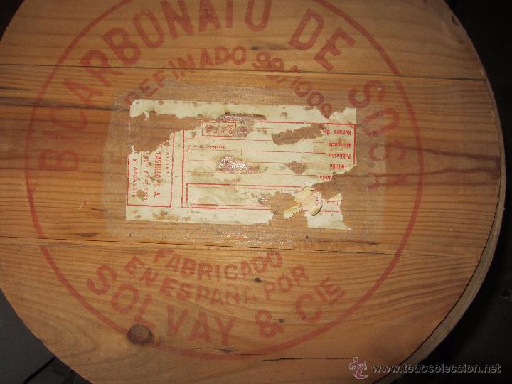 Cajas y cajitas metálicas: Precioso y Antiguo Bote - Barril de Madera Bicarbonato de Sosa Fabricado por Solvay - Foto 7 - 50492912