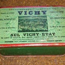 Cajas y cajitas metálicas: CAJA DE LATA VICHY. Lote 50779627