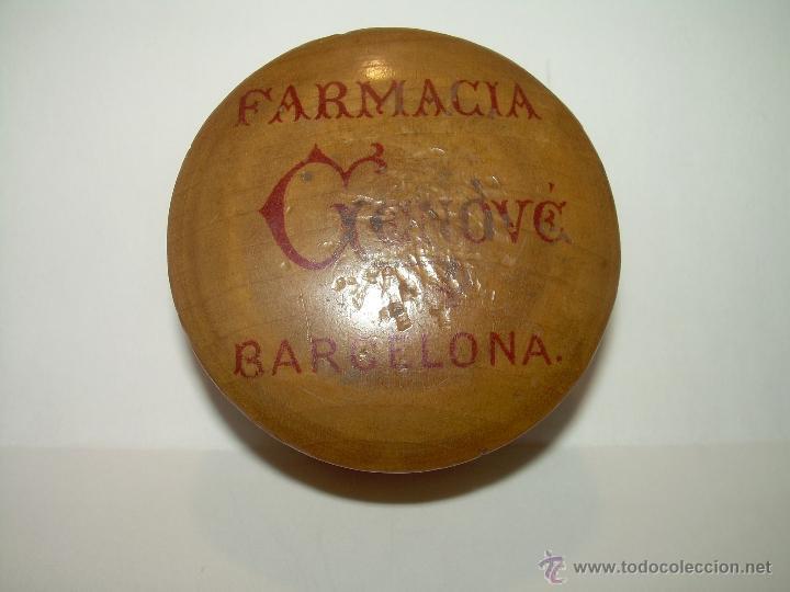 ANTIGUA CAJA DE MADERA....FARMACIA GENOVE DE BARCELONA....EPOCA MODERNISTA. (Coleccionismo - Cajas y Cajitas Metálicas)