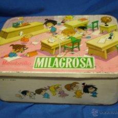 Cajas y cajitas metálicas: MEMBRILLO MILAGROSA CON DIBUJOS DE LA FAMILIA TELERIN DE 1967 - MIDE 28 X 20 CM.. Lote 51255024