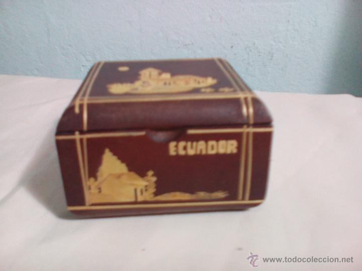 Caja De Madera Decorada Recuerdo De Ecuador C Comprar Cajas