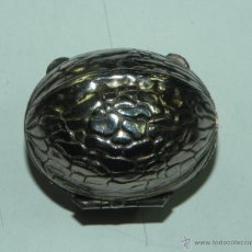 Blechdosen und Kisten - CAJITA METALICA CON FORMA DE NUEZ, TAMAÑ REAL, MIDE 3,5 CMS. - 51820473