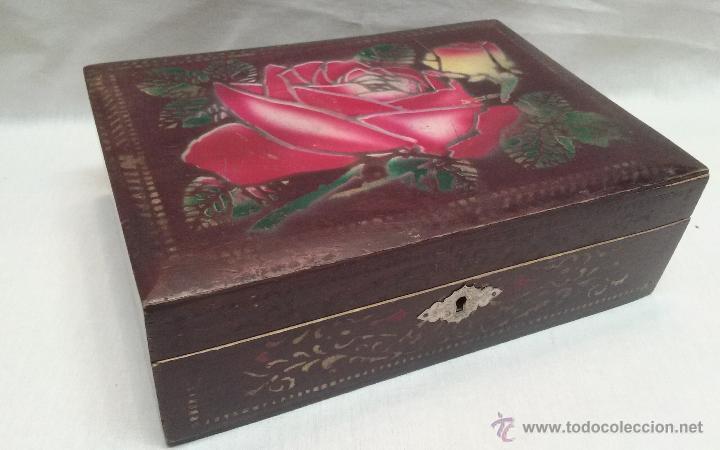 Caja joyero de madera decorada con cerradura comprar - Cajas de madera online ...