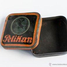 Cajas y cajitas metálicas: CAJA DE LATA PELIKAN. Lote 52451397