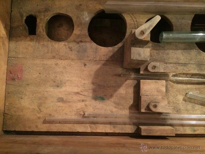 Cajas y cajitas metálicas: Antigua caja de madera de laboratorio, años 20-30 - Foto 10 - 52744131