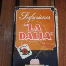 Cajas y cajitas metálicas: CAJA DE CARTON MARCA LA DALIA MANZANILLA DULCE ENVASE ANTIGUA. Lote 52754151