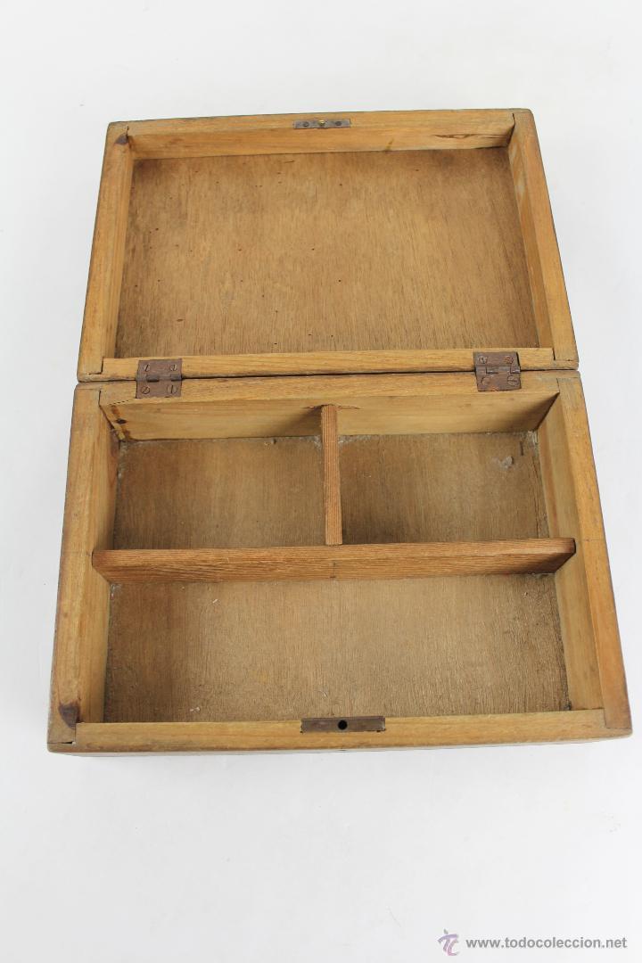 Antigua caja de madera con divisiones interior comprar - Divisiones en madera ...