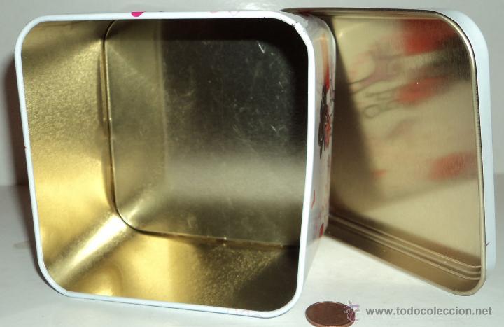 Cajas y cajitas metálicas: Caja metálica Nestlé Caja Roja - Foto 2 - 53303821