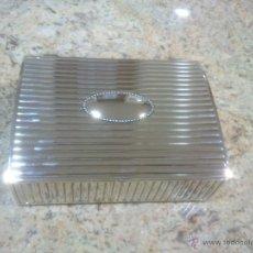 Cajas y cajitas metálicas: PRECIOSO JOYERO EN METAL PLATEADO INTERIOR FORRADO. Lote 53716679