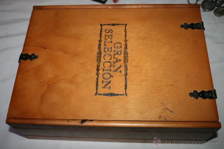 bonita caja de madera para vino con bisabras y cierres gran seleccion