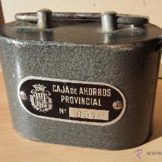Cajas y cajitas metálicas: HUCHA CAJA AHORROS PROVINCIAL GERONA. CAIXA GIRONA. LA CAIXA. ALCANCIA AHORRO GUARDIOLA BANCA. Lote 54492596