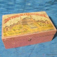 Cajas y cajitas metálicas: CAJA DE MADERA SOUVENIR DE LA EXPOSICION UNIVERSAL DE PARIS DE 1878. PALACIO DEL TROCADERO. Lote 54626565