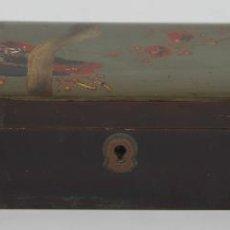 Cajas y cajitas metálicas: CAJA EN MADERA LACADA Y POLICROMADA. CHINA. MOTIVO DE AVE. SIGLO XX. Lote 53136811