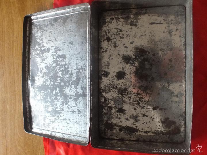 Cajas y cajitas metálicas: ANTIGUA CAJA METALICA VENECIA - Foto 5 - 55225517