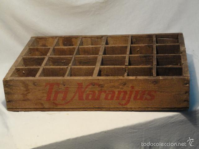 antigua caja de madera de refrescos trinaranjus