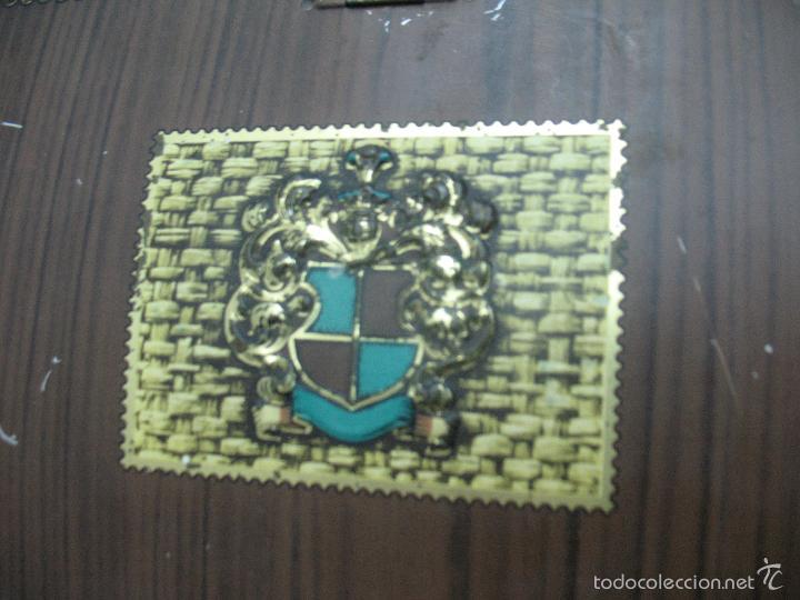 Cajas y cajitas metálicas: VICTORIA - Antigua caja metálica con forma de costurero - Foto 3 - 56140579