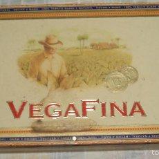Cajas y cajitas metálicas: CAJA DE PUROS VEGAFINA DE MADERA. Lote 56539726