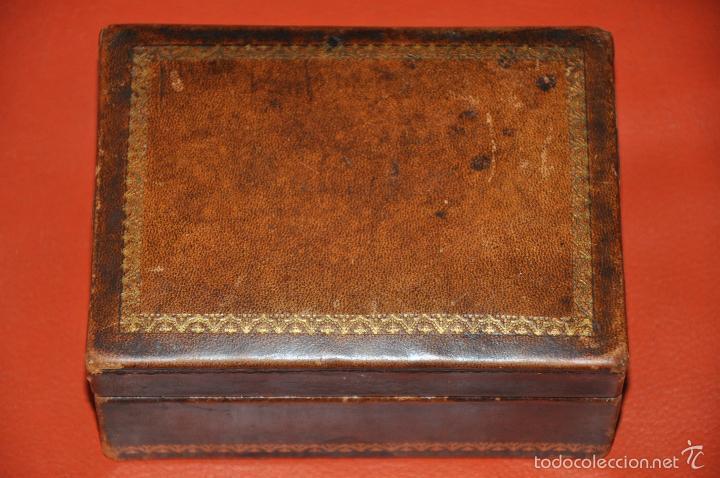 antigua caja joyero de madera y piel cajas y envases cajas y cajitas metlicas