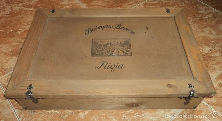 antigua caja de madera bodegas berceo vino rioja para unidades con bisagras