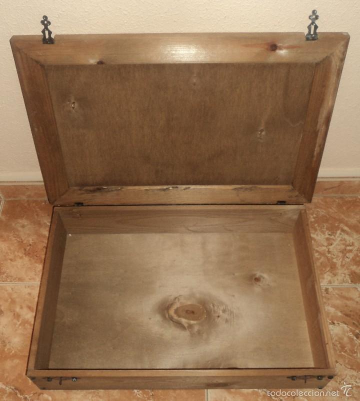 cajas y cajitas metlicas antigua caja de madera bodegas berceo vino rioja para