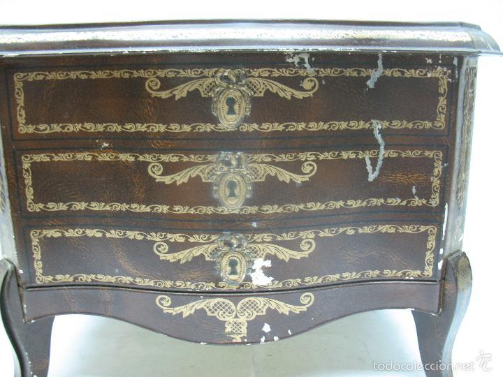 Cajas y cajitas metálicas: M Vitie Price EDINBURGH - Antigua caja metálica con forma de cómoda - Foto 2 - 57849387