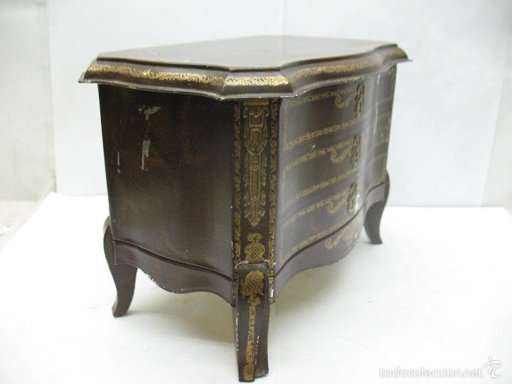 Cajas y cajitas metálicas: M Vitie Price EDINBURGH - Antigua caja metálica con forma de cómoda - Foto 4 - 57849387