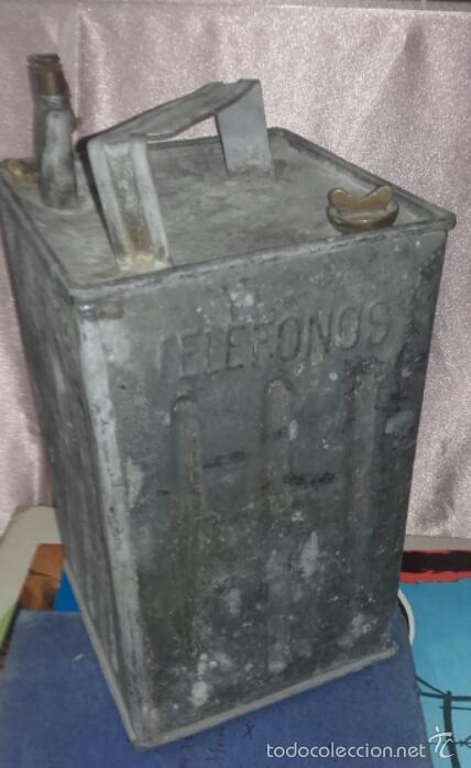 Cajas y cajitas metálicas: ANTIGUA LATA DE METAL PARA COMBUSTIBLE -TROQUELADO TELEFONOS - - Foto 5 - 59846016