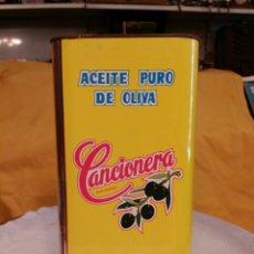 Cajas y cajitas metálicas: CANCIONERA ACEITES MUELA CARMONA -SEVILLA 5 LITROS SIN ABRIR. Lote 60594066