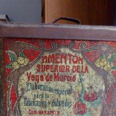 Cajas y cajitas metálicas: LATA DE PIMENTÓN DE LA VEGA DE MURCIA. MUY ANTIGUA. 1902. Lote 62126876