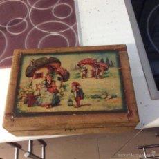 Boîtes et petites boîtes métalliques: ANTIGUO ESTUCHE DE MADERA. Lote 56027619