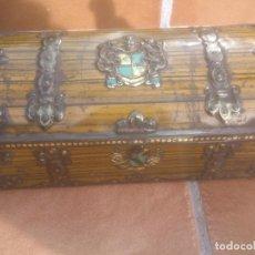 Cajas y cajitas metálicas: ANTIGUA CAJA DE CHAPA. Lote 64042087