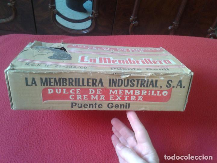 Cajas y cajitas metálicas: MUY RARA ANTIGUA Y ESCASA CAJA EN CARTÓN DE DULCE DE MEMBRILLO LA MEMBRILLERA PUENTE GENIL CORDOBA - Foto 3 - 65949114