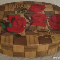 Cajas y cajitas metálicas: CAJA DE HOJALATA BOMBONES GOYA VITORIA. Lote 66171558