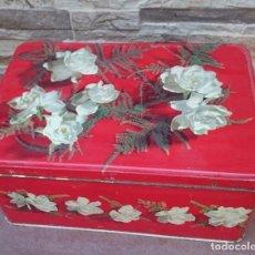 Cajas y cajitas metálicas: CAJA DE HOJALATA DE COLA CAO. Lote 66465762