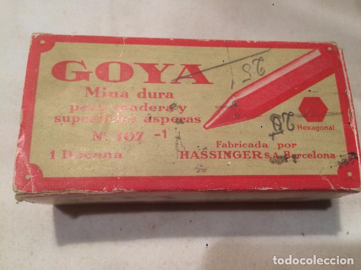 ANTIGUA CAJA DE MINA / MINAS MARCA GOYA CON CONTENIDO FABRICADO POR HASSINGER S.A. BARCELONA (Coleccionismo - Cajas y Cajitas Metálicas)