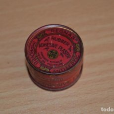 Cajas y cajitas metálicas: MUY RARA - INCLUYE CINTA ADHESIVA ORIGINAL - ANTIGUA CAJA DE HOJALATA / LATA - PRECIOSA - VINTAGE. Lote 68906269