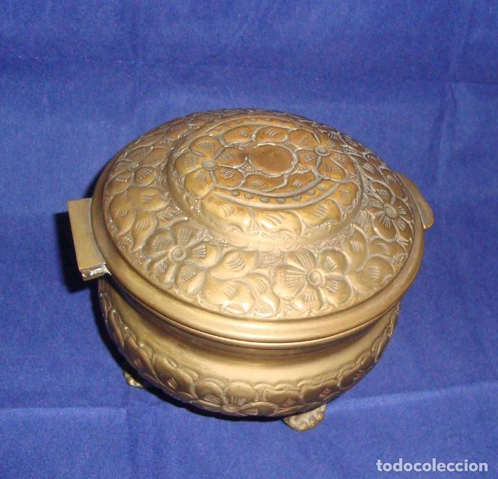 Cajas y cajitas metálicas: ESPECTACULAR Y RARO JOYERO REPUJADO 10cm x 14cm - Foto 2 - 69428117