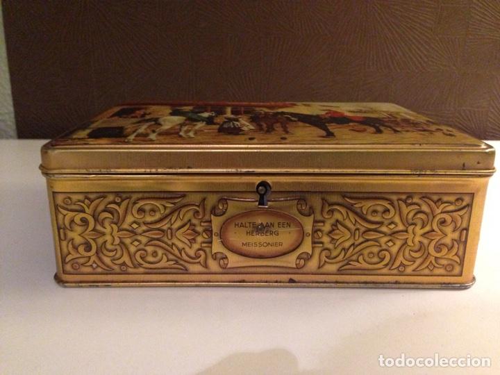 Cajas y cajitas metálicas: Bonita Caja de Hojalata Litografiada,- - Foto 2 - 69785341