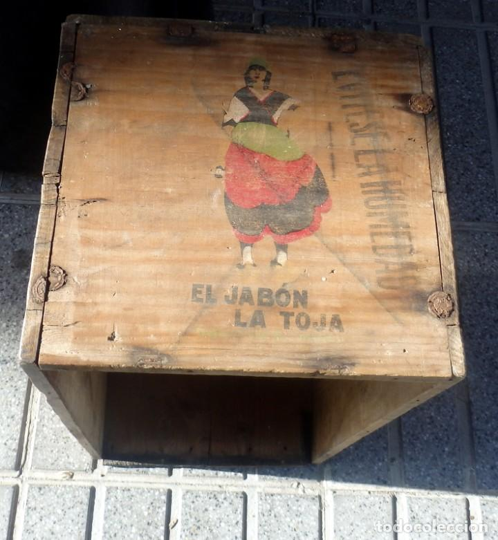 Cajas y cajitas metálicas: ANTIQUISIMA CAJA DE MADERA DE JABONES LA TOJA, CONSERVA DIBUJO ORIGINAL, ESPECTACULAR,55X31X30 CMS - Foto 2 - 71165081