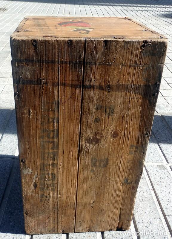 Cajas y cajitas metálicas: ANTIQUISIMA CAJA DE MADERA DE JABONES LA TOJA, CONSERVA DIBUJO ORIGINAL, ESPECTACULAR,55X31X30 CMS - Foto 3 - 71165081