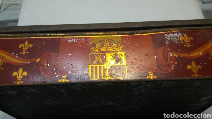 Cajas y cajitas metálicas: Caja lata Antigua con foto Reyes Alfonso XIII y Victoria Eugenia - Foto 4 - 71410250