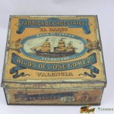 Cajas y cajitas metálicas: CAJA DE HOJALATA LITOGRAFIADA CON PUBLICIDAD DE LA FABRICA DE CHOCOLATES EL BARCO. HIJOS DE JOSE GOM. Lote 74520589