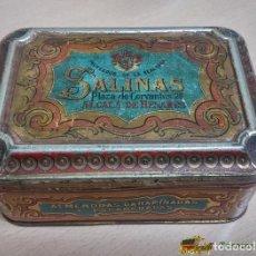 Cajas y cajitas metálicas: CAJA DE HOJALATA LITOGRAFIADA CON PUBLICIDAD DE ALMENDRAS SALINAS, ALCALA DE HENARES, MADRID, MIDE 1. Lote 74521047