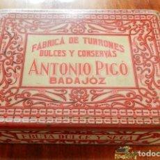 Cajas y cajitas metálicas: ANTIGUA CAJA DE HOJALATA LITOGRAFIADA CON PUBLICIDAD DE FABRICA DE TUORRONES, DULCES Y CONSERVAS, AN. Lote 74522211