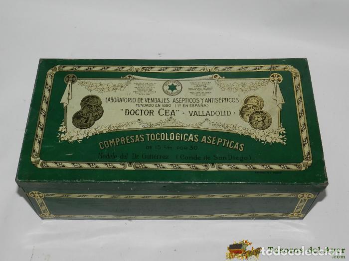 ANTIGUA CAJA DE HOJALATA DE PUBLICIDAD DE FARMACIA, LABORATORIO VENDAJES, DOCTOR CEA, VALLADOLID, PR (Coleccionismo - Cajas y Cajitas Metálicas)