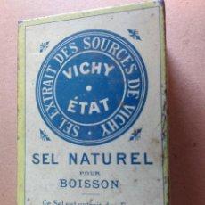 Cajas y cajitas metálicas: ANTIGUA CAJITA METÁLICA DE SALES. VICHY ETAT SEL NATUREL POUR BOISSON. 8X5X3CM. Lote 76839207