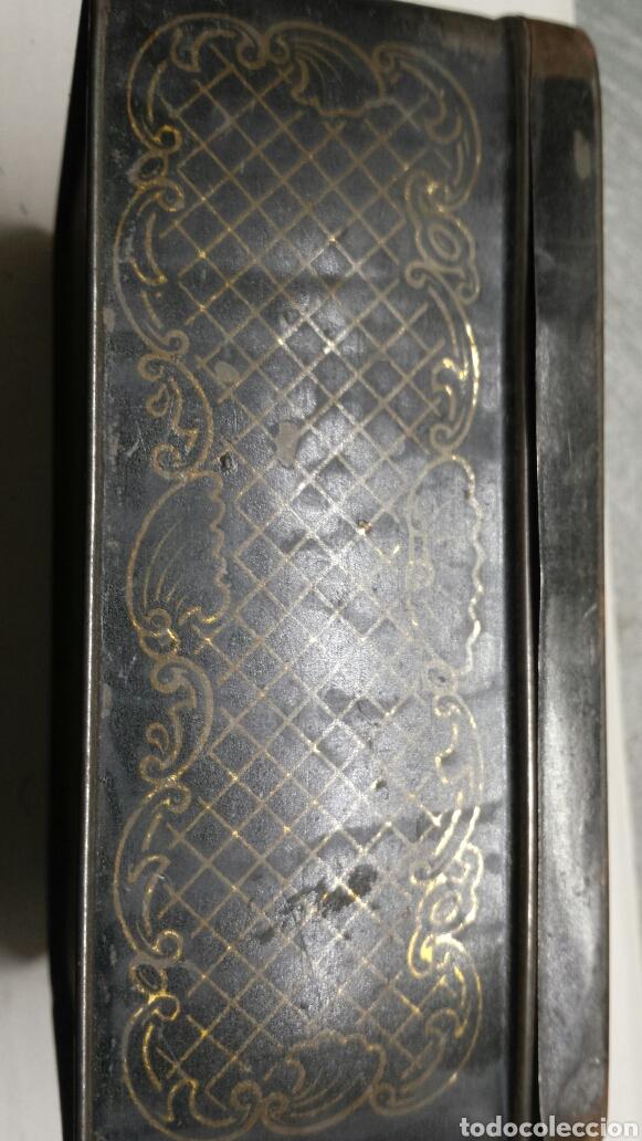 Cajas y cajitas metálicas: Chapa caja metalica Antigua Petit Beurre CAIFFA rarísima - Foto 2 - 79940171