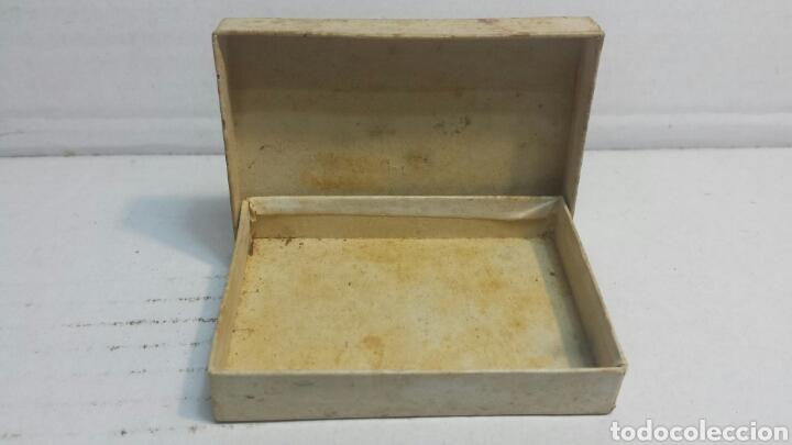 Cajas y cajitas metálicas: Caja Antigua de Farmacia Corn Plasters de TM años 50 - Foto 2 - 80259670
