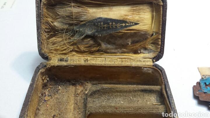 Cajas y cajitas metálicas: Cajita antigua y rara de Guillette con cuchillas - Foto 2 - 82044184